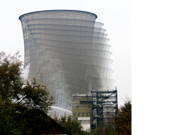 Demolition by controlled detonation of a cooling tower of a former coal-fired power plant in Castrop.