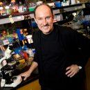 Photo of Joseph Heitman in a lab