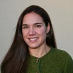 Amanda Larracuente headshot